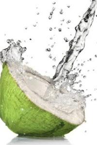 Kelapa, Air Kelapa, Manfaat Air Kelapa, 4 Air Ajaib yang Mujarab untuk Kesehatan